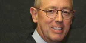 Professor Timothy Evans DSc FRCP FRCA FMedSci
